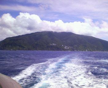 御蔵島出港後